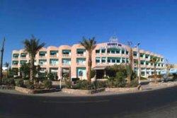 desert-inn-main-building-3.jpg